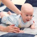 Що повинен уміти дитина в 4 місяці. Другий комплекс гімнастики і масажу для немовлят