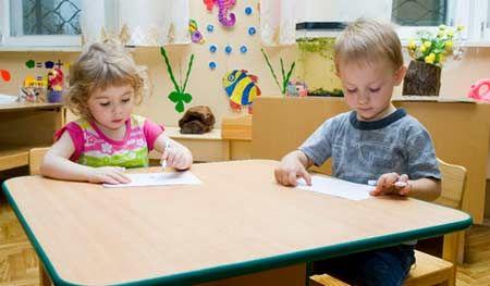 дитячий сад або домашнє виховання