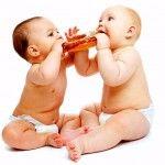 Для чого немовлятам потрібні прикорм. Коли починати вводити прикорм. Відмінності між догодовування і прикормом