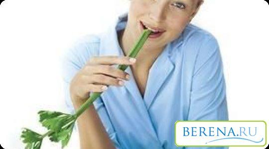 Якщо жінка курить під час грудного вигодовування, то вона повинна посилено стежити за своїм здоровим харчуванням і не завершувати лактацію
