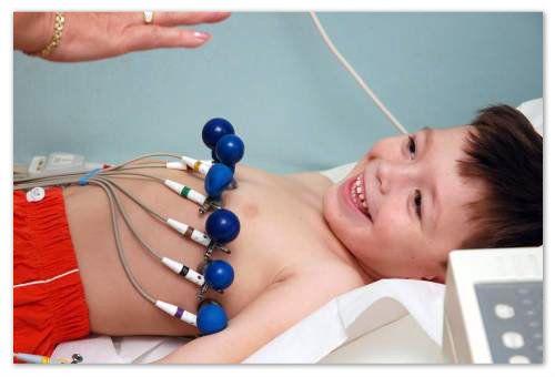 Кардіограма серця - як її проходити, і чи потрібна вона дитині?