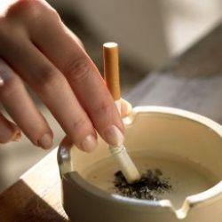 Куріння при грудному годуванні