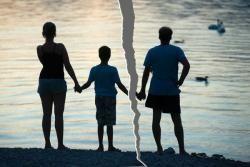 позбавлення батьківства
