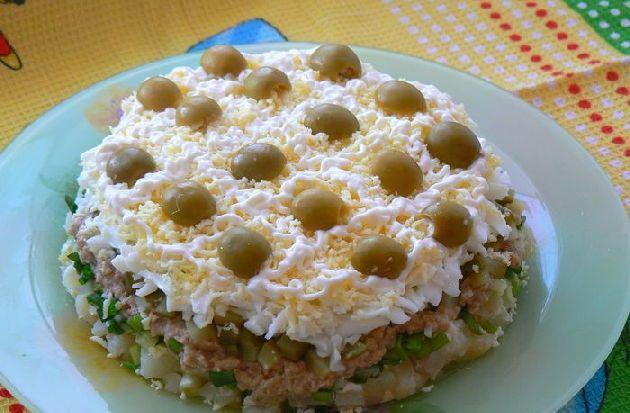 Листкові салати, Листковий салат з тріски