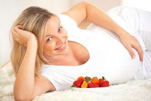 Вітамін С захищає плід від нікотину